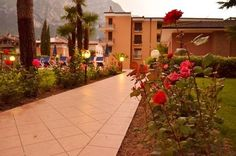 Hotel Villa Giuliana - Riva del Garda ... Garda Lake, Lago di Garda, Gardasee, Lake Garda, Lac de Garde, Gardameer, Gardasøen, Jezioro Garda, Gardské Jezero, אגם גארדה, Озеро Гарда ... Welcome to Hotel Villa Giuliana Riva del Garda, Just 300 metres from the shores of Lake Garda, Villa Giuliana offers a garden with pool and views of the surrounding mountains. Its restaurant serves Italian and international cuisine. Rooms are elegantly decorated with lively