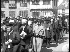 Pathe newsreel of Sandwich from 1920: 'Like a Page from the Past'