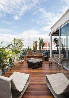 Roof Terrace Design, Rooftop Design, Balcony Design, Modern Patio Design, Balcony Ideas, Rooftop Terrace, Terrace Garden, Backyard Patio Designs, Exterior Design