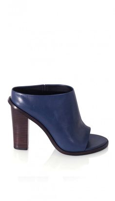 Leona Mules | Official Site