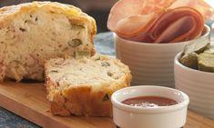 Αλμυρό κέικ με ζαμπόν και τυρί - Η απόλυτη συνταγή για το σχολείο - Mothersblog.gr Cake Lardons Gruyere, Cornbread, Mashed Potatoes, Banana Bread, Ethnic Recipes, Desserts, Olives, Food, Cakes