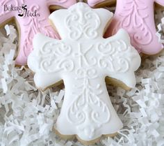 Hand Decorated Sugar Cookies Baby Shower Bibs // Baby Girl // 1 Dozen. Description from pinterest.com. I searched for this on bing.com/images