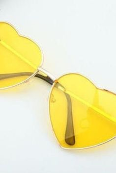 Shades Of Yellow Color Names For Your Inspiration – Going To Tehran Heart-shaped yellow Valentine gift reflective lenses girl sunglasses Neon Pumps, Magenta, Purple, Blake Steven, White Summer Outfits, Girl With Sunglasses, Summer Sunglasses, Sunglasses Sale, Franz Marc