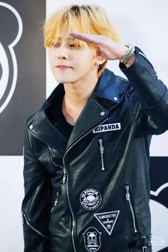 """150831 G-Dragon x HI PANDA Press Conference DO NOT EDIT: Source: ForeverTiAmoGD@weibo """