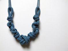 Statement necklace Nautical knots wool necklace denim por ylleanna, €35.00