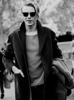 Jamie Campbell Bower-Love his style!