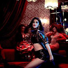 Kriti Sanon in Raabta Bollywood Images, Bollywood Actress Hot Photos, Beautiful Bollywood Actress, Bollywood Actors, Bollywood Celebrities, Beautiful Indian Actress, Beautiful Women, Bollywood Bikini, Bollywood Girls