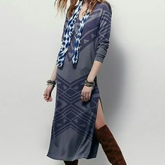 Free People Bauhaus Gray Long Sleeve Dress Sz S This chic shift dress features faded navy blue print and two slits up the legs. Brand new with tags. Size small. Free People Dresses Long Sleeve