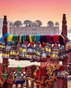 Stoles for sale at Jaisalmer.