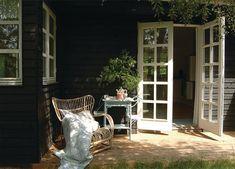 Urlaub in Dänemark: Shabby Chic Ferienhäuser Nordic Style, Travel Inspiration, Beach House, Cottage, Patio, Live, Places, Outdoor Decor, Shabby Chic