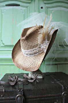Cowgirl-bride-western-wedding-hat-veil-ivory-bachelorette-party-cowgirl hat-cake topper-cowgirl boots-rustic-barn wedding-photo prop-Mr Mrs