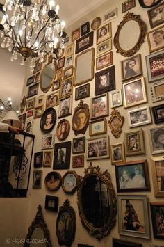 Home - Gallery Antique Philippine cinema photos Dress up your home with a wall fountain Article Body Picture Wall, Picture Frames, Family Picture Collages, Display Family Photos, Room Goals, Diy Home Decor On A Budget, Gothic House, Diy Home Improvement, Photo Displays