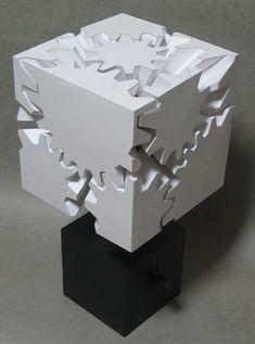 紙で作るカラクリ作品 カミカラ「歯車の立方体-GEARS CUBE」: DesignWorks Archive