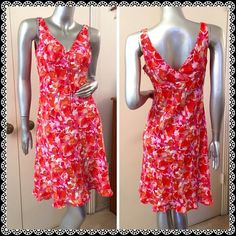 EXPRESS Bright Flower Print Dress Should be worn. Pretty! Size 3/4 on the tag. Express Dresses