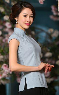 Light blue linen traditional Chinese cheongsam top for women | Modern Qipao