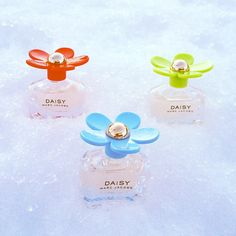 Daisy Marc Jacobs - Photo by prinsessecammie Marc Jacobs Daisy, Mj, Fragrances, Poppy, Diva, Perfume Bottles, Nails, Spring, Pretty