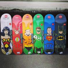 Collab #Almost Skateboard avec DC Comics dispo chez HawaiiSurf !