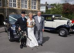 I returned to #Carmarthen Registry Office today for the #SouthWales #Wedding of Susan & Martin. It was a great pleasure #Bagpiping for the happy couple. A very enjoyable day with a fantastic turnout of family, friends & art class students :-)