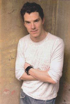 I realize this is a pic of Benedict Cumberbatch but this would be a great senior photo.