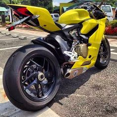 """Post a yellow emoji 