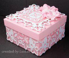 Pretty Box Spellbinders Fleur De Lis Die