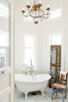 Фото из статьи: Белый романтичный интерьер со множеством идей