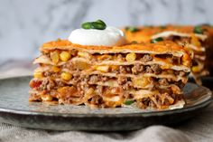 Tortilla Wraps, Surprise Recipe, First Kitchen, Mexican Food Recipes, Ethnic Recipes, Quesadilla, Burritos, Tortillas, Lasagna