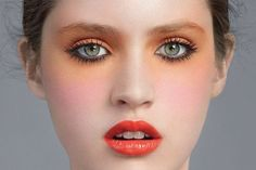 Be Cute Web | Como lucir perfecta con el mejor maquillaje de dia | http://becuteweb.blogspot.com.ar/2012/08/maquillaje-de-dia-labios.html