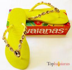 Havaianas Customizadas Amarela com pedras