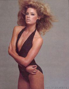 Vogue US, April 1981Photographer: Richard AvedonModel: Kelly Emberg
