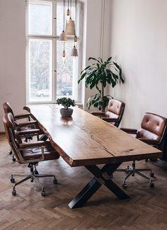 Konferenztisch | Esstisch | Massivholztisch | Holzwerk-Hamburg