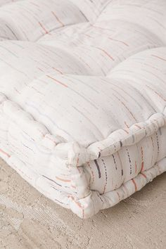 Slide View: 3: Rohini Printed Daybed Cushion