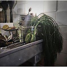 Bij Balthazars keuken in Amsterdam is het altijd een feestje om te eten. Zeker als je naast zo'n sfeervolle open keuken zit.