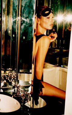 Kate Moss getting ready