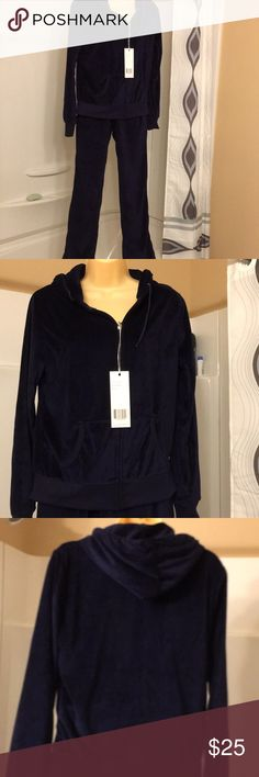 NWT White Mark navy Track suit size L NWT White Mark navy Track suit size L, Hooded, navy blue velour material. White Mark Other