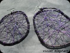 Wire earrings (a different color though)