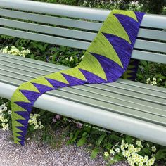 Free Knitting Pattern: Monster Tooth Scarf