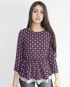 Blusa estampada con faldón $269.00 también en color negro   #rennyclothes #berenny #shoponline #shopping #beauty #shirt  #girl #outfit #clothes