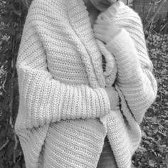 New Crochet Patterns Blusas 39 Ideas Crochet Pullover Pattern, Poncho Knitting Patterns, Knit Shrug, Crochet Cardigan, Knitting Socks, Baby Knitting, Crochet Baby, Doll Patterns, Beanies