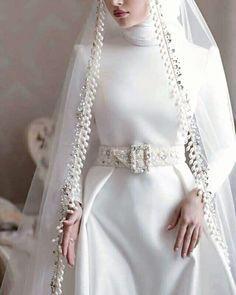 Muslimah Wedding Dress, Muslim Wedding Dresses, Bridal Dresses, Bridesmaid Dresses, Turkish Wedding Dress, Wedding Hijab Styles, Bridal Hijab, Hijab Fashion Inspiration, Mode Hijab