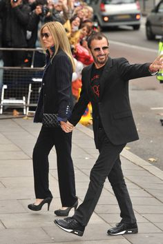 Art Ringo Starr and Barbara Walters spotted at Paul McCartneys wedding celebrities Ringo Starr, Beatles Songs, The Beatles, Barbara Walters, Richard Starkey, The Fab Four, Lucky Girl, Wife And Girlfriend, Eric Clapton
