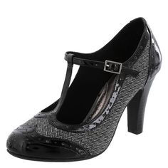 Payless 1920s Tweed and black wingtip T Strap heels. $39  #1920sfashion #1920sshoes #shoes