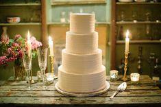 Simple yet elegant cake.