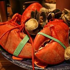 Thinking this would be great for our trip to Maine!  Firehouse Clam Bake New England Style Allrecipes.com