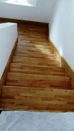 Schody  ,  escalera de madera