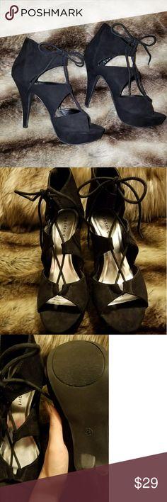 8119d08aff5 Madden Girl Black Heel NWOT Size 9.5 Heel 4.5