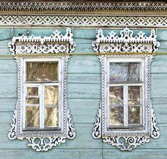 "Russian traditional architrave - ""nalichnik"""