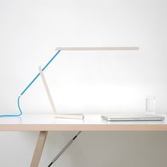 Mantis desk lamp by
