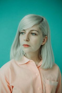 Molly Rankin was stuck trying to honour her late father's musicianship, until indie-pop opened a door. She discusses being an unlikely bandleader – and why it's awkward playing music with your boyfriend Indie Pop Bands, Betty Who, Band Photos, Bleached Hair, Sabrina Carpenter, Photo Dump, Cute Faces, Cute Hairstyles, Role Models