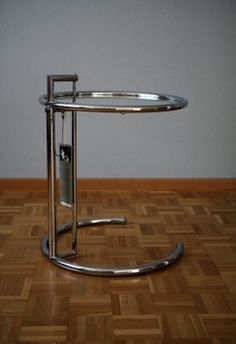 Eileen Gray E 1027 Adjustable Table, Vereinigte Werkstätten, München Eileen Gray, Adjustable Table, Interiors, Furniture, Home Decor, Corning Glass, Nice Asses, Adjustable Desk, Decoration Home